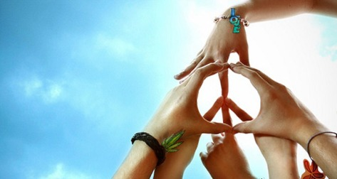 peace-hand-bond-together